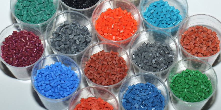 Colored polymer resins